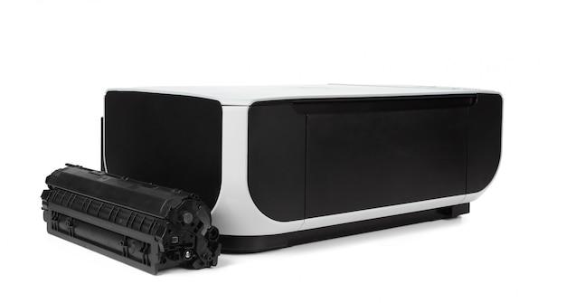 Impressora multifuncional preta isolada