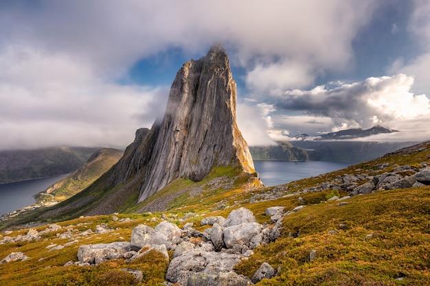 Incrível vista da natureza norueguesa