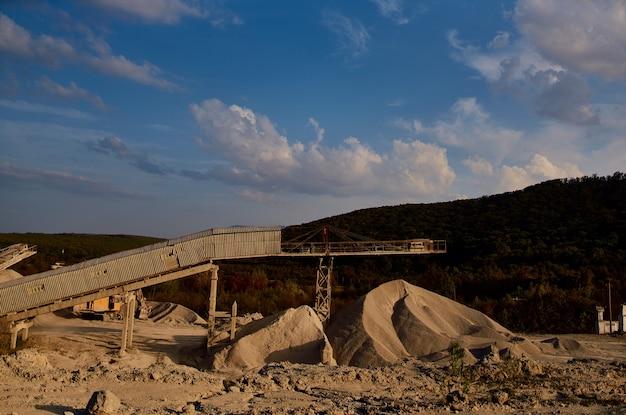 Indústria de escavadeiras para trabalhos em areia de geologia de construção