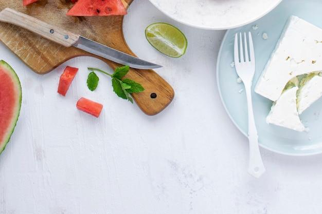 Ingredientes da receita da salada de melancia