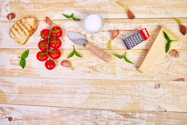 Ingredientes de comida italiana. pronto para cozinhar.