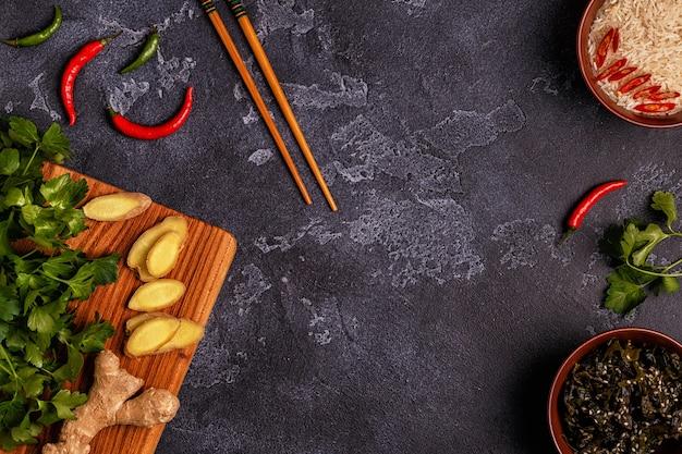 Ingredientes de comida picante asiática.