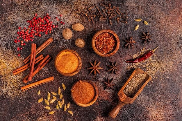 Ingredientes de especiarias para cozinhar