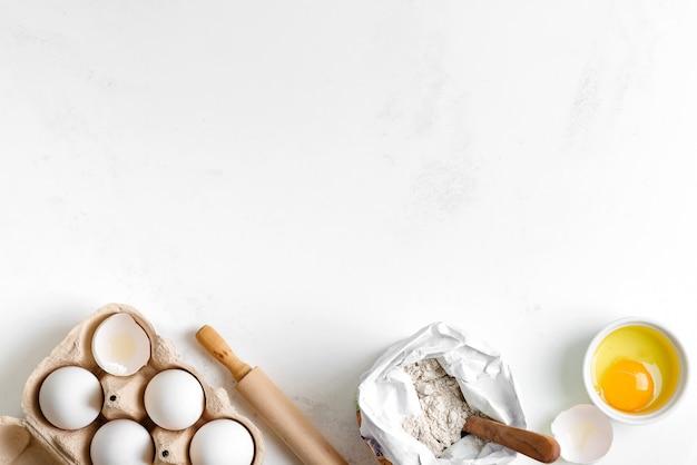 Ingredientes de panificação para fazer pão tradicional caseiro