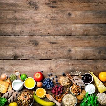 Ingredientes de pequeno-almoço saudável, quadro de comida.