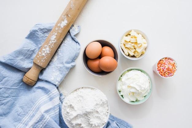 Ingredientes do bolo de aniversário