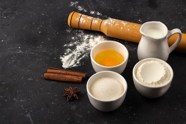 Ingredientes e utensílios para cozinhar