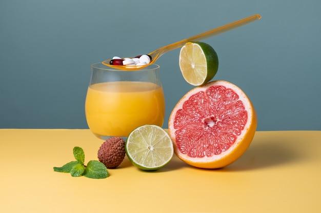 Ingredientes estimulantes da imunidade, frutas e vitaminas para suprir o organismo com antioxidantes