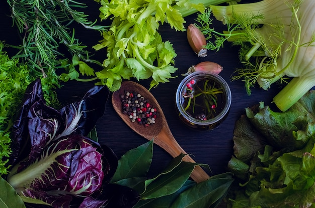 Ingredientes frescos para salada
