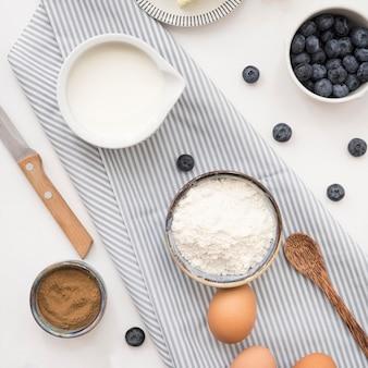 Ingredientes lindos e deliciosos para sobremesa