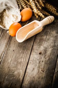 Ingredientes naturais para preparação de pão