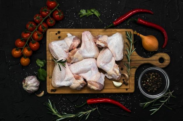 Ingredientes para asas de frango