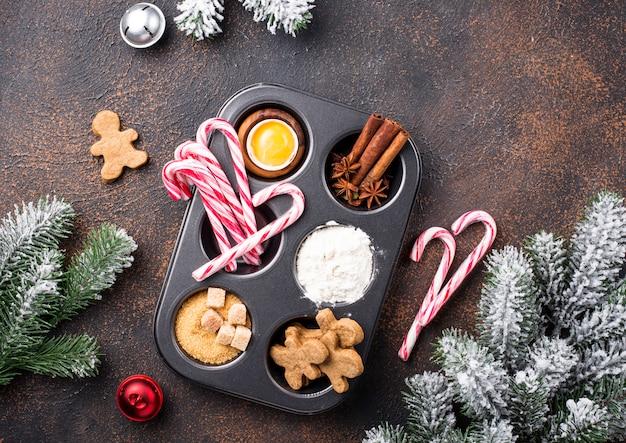 Ingredientes para assar biscoitos de natal