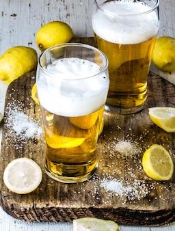 Ingredientes para bebida de cerveja chilena mexicana - michelada