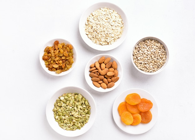Ingredientes para cozinhar granola