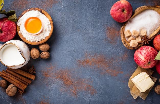 Ingredientes para cozinhar torta de maçã