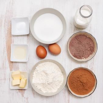 Ingredientes para fazer bolo