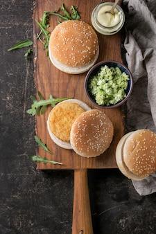 Ingredientes para fazer hambúrguer vegetariano