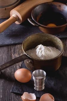 Ingredientes para fazer massa