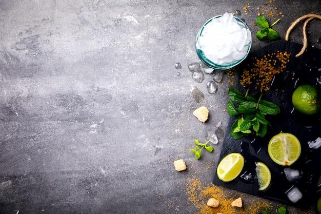 Ingredientes para fazer o cocktail mojito