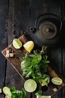 Ingredientes para o chá verde gelado