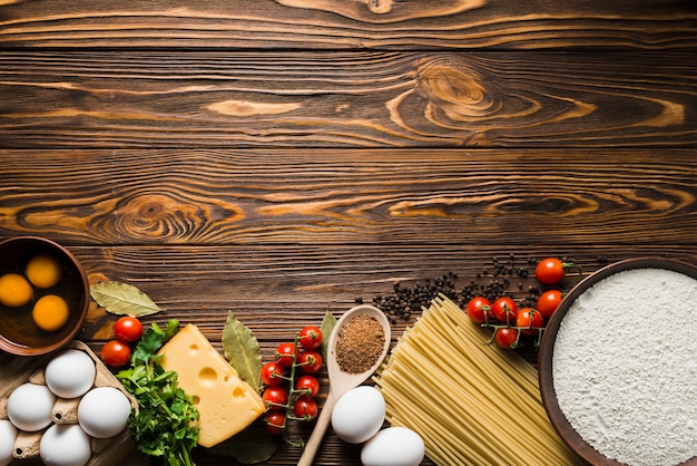 Ingredientes para preparação de espaguete