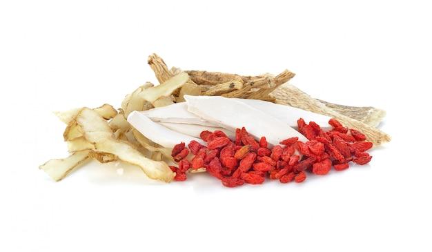Ingredientes para sopa de ervas chinesa