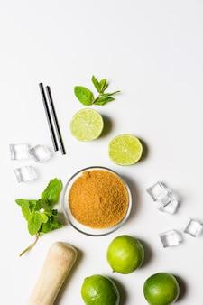 Ingredientes para um coquetel de mojito
