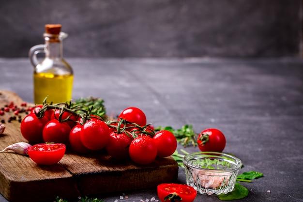 Ingredientes vegetarianos orgânicos, azeite
