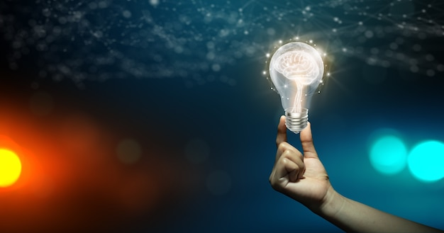 Inspiração criativa e inovação business bright idea concept