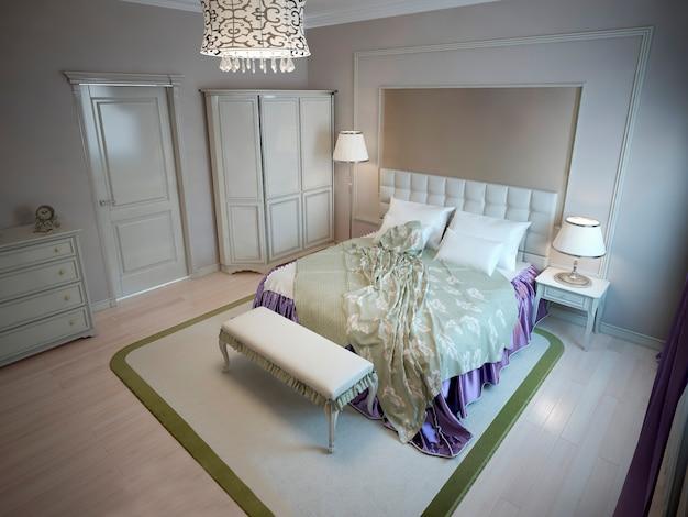 Inspiração para quarto de hotel de luxo com cama de casal, guarda-roupa grande, tapete de algodão cor oliva