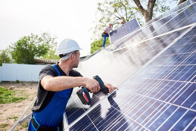 Instalação independente de sistema de painel solar