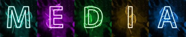 Interações da mídia social em luz neon colorida. marketing digital na internet, termo da mídia de massa moderna. assine contra um fundo escuro. letras coloridas estilizadas do banner de mídia.