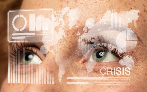 Interface de tecnologia moderna e efeito de camada digital na frente do olho humano cheio de esperança como negócios, crise financeira, recessão econômica, conceito de desemprego. analisando informações, ícones de néon.