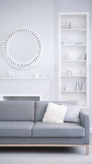 Interior brilhante de uma moderna sala de estar em tons de cinza e azuis. quarto aconchegante