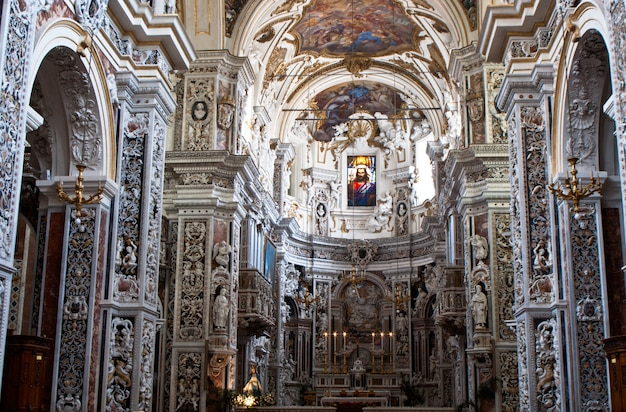 Interior da igreja la chiesa del gesu ou casa professa em palermo, sicília