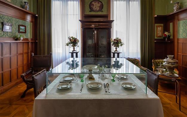 Interior da residência da crimeia do último czar russo nicolau ii em livadia