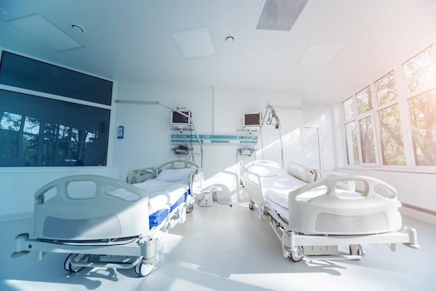Interior da sala de reanimação na clínica moderna Foto Premium