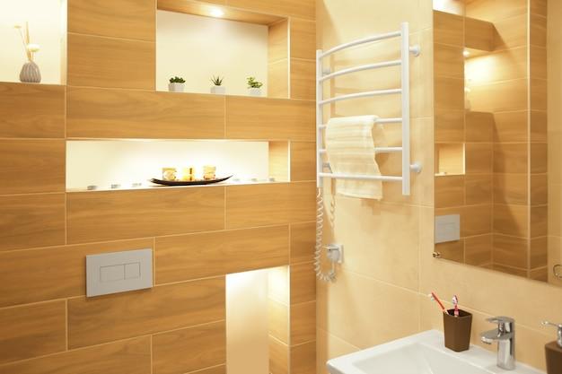 Interior de banheiro moderno