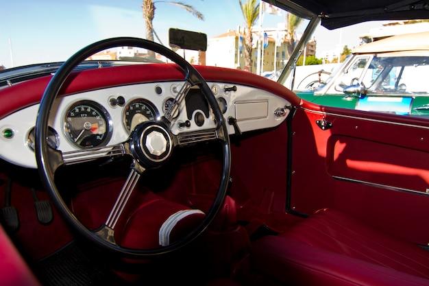Interior de detalhe de carro antigo
