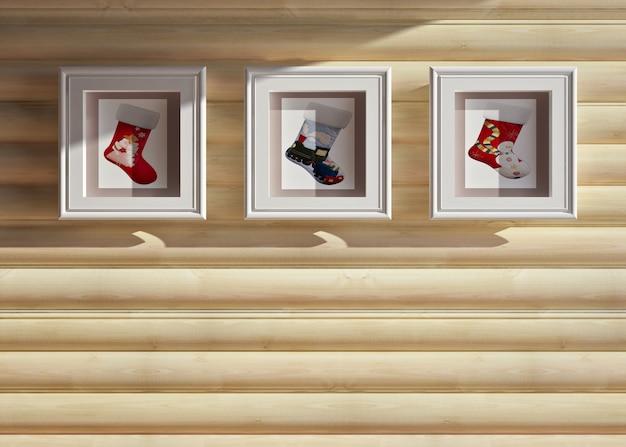 Interior de uma casa de natal de madeira com decorações de natal