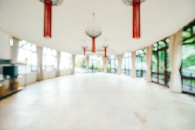 Interior do lobby do hotel abstrato e desfocado