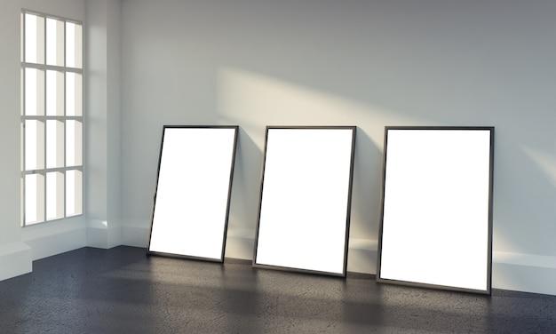 Interior do quarto branco com três cartazes de papel em branco