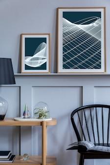Interior elegante de sala de estar escandinava com cadeira preta de design, console de madeira, plantas de ar, livro, decoração, mock up pôster na prateleira e acessórios elegantes em decoração moderna