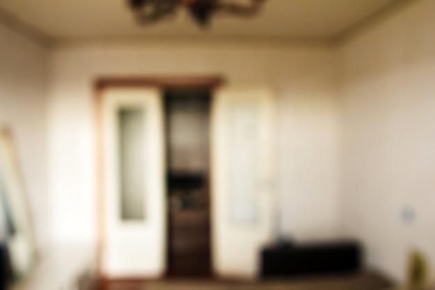 Interior em um apartamento no bokeh, turva