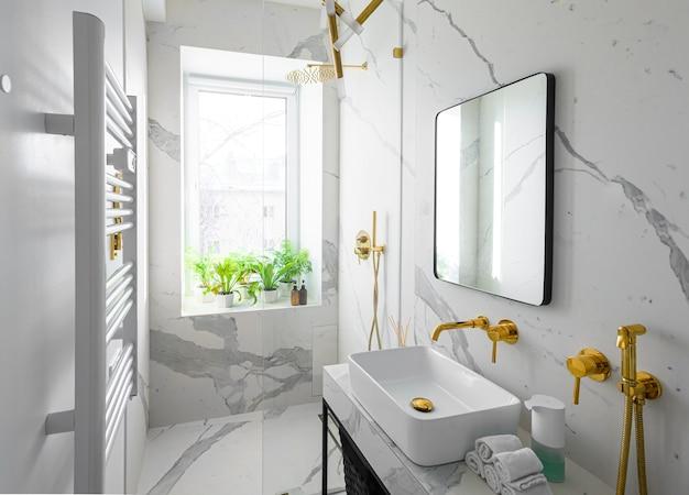 Interior luxuoso e moderno de banheiro com azulejos de mármore branco e acessórios dourados.