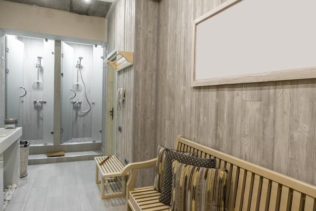 Interior moderno da cabina de duche com banco