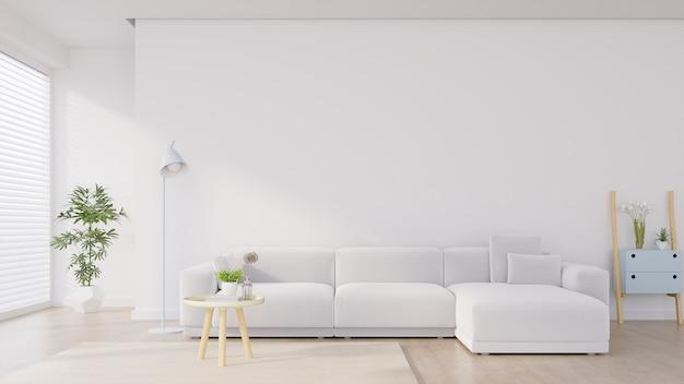 Interior moderno da sala de visitas com sofá e plantas verdes, lâmpada, tabela no fundo branco da parede.