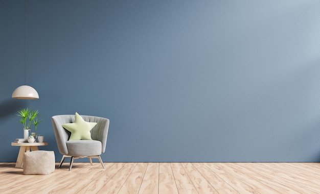 Interior tem uma poltrona em uma parede azul escura vazia