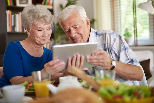 Internet não é segredo para idosos